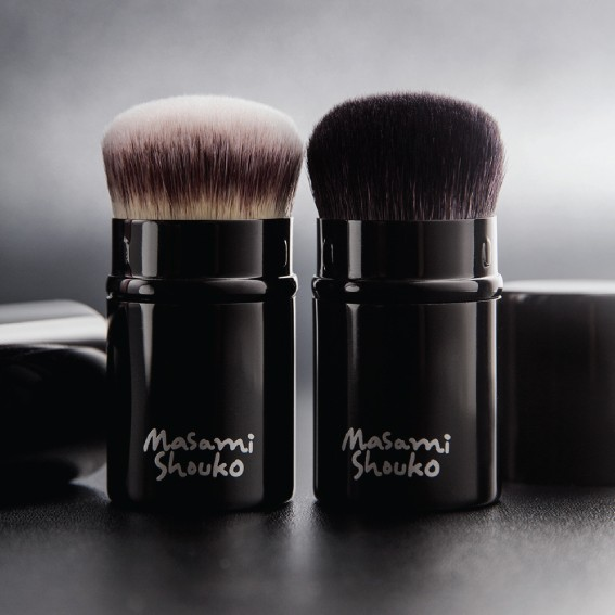 Masami Shouko Retractable Kabuki Powder